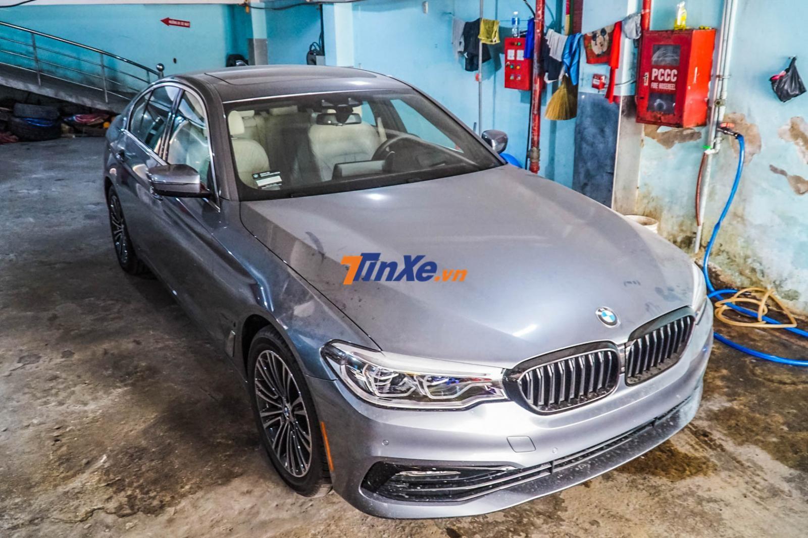 Chiếc BMW 530e 2019 độc nhất Việt Nam do một công ty nhập khẩu tư nhân đưa về nước