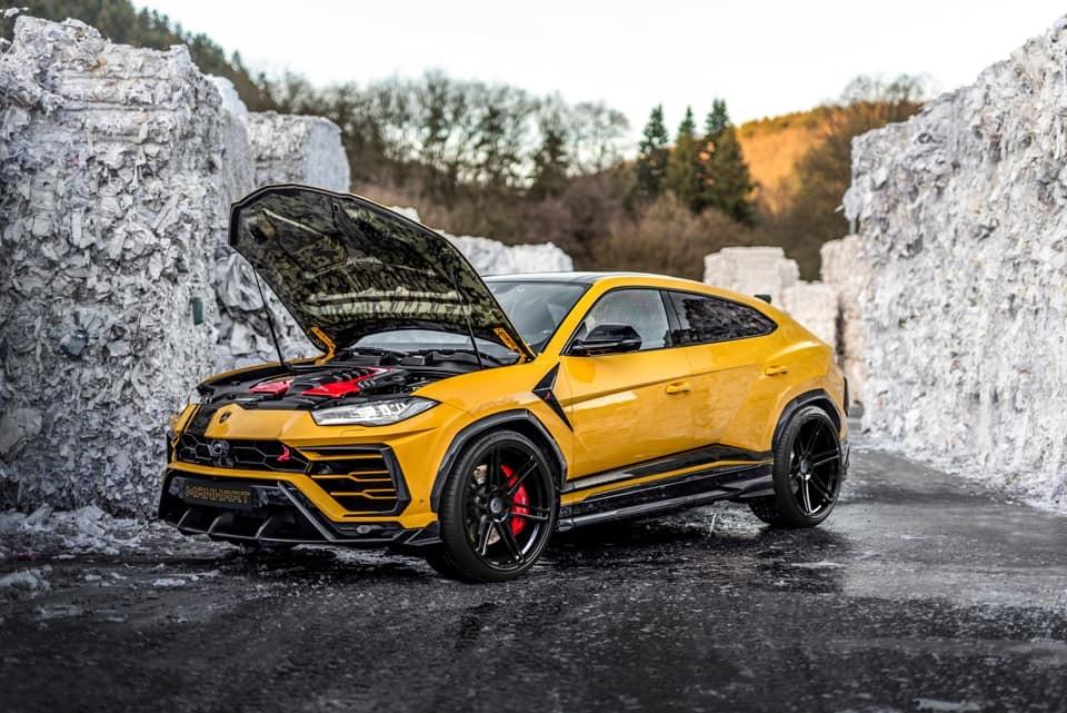 Quái vật siêu SUV Lamborghini Urus mạnh hơn 160 mã lực so với xe của Minh Nhựa