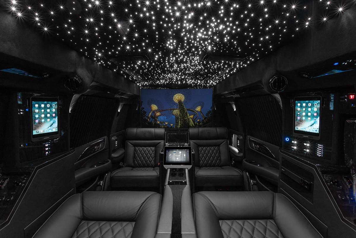 Trần xe bầu trời sao như phong cách của những chiếc Rolls-Royce