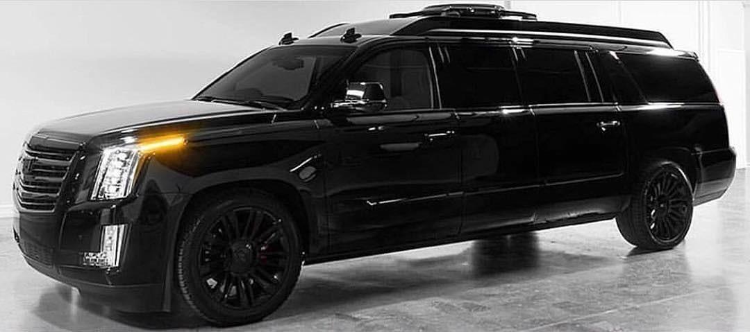 "Cadillac Escalade 30"" Extended Viceroy Edition 2019 của hãng Lexani"