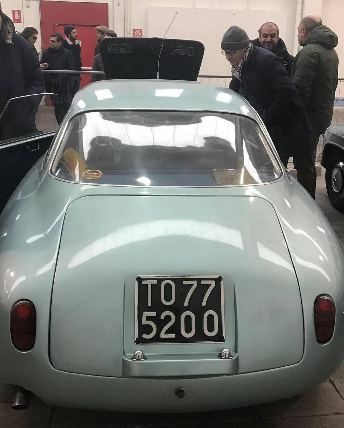 Alfa Romeo Giulietta SZ chủ yếu được dùng trong các giải đua