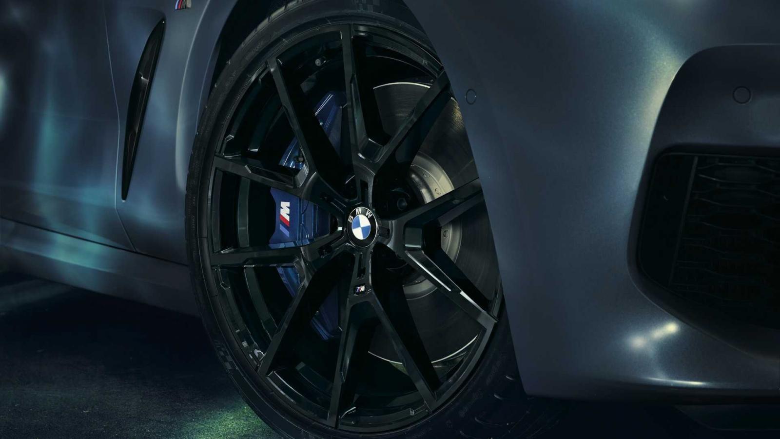 Bộ vành 20 inch với các chấu hình chữ Y của BMW 8-Series First Edition 2019