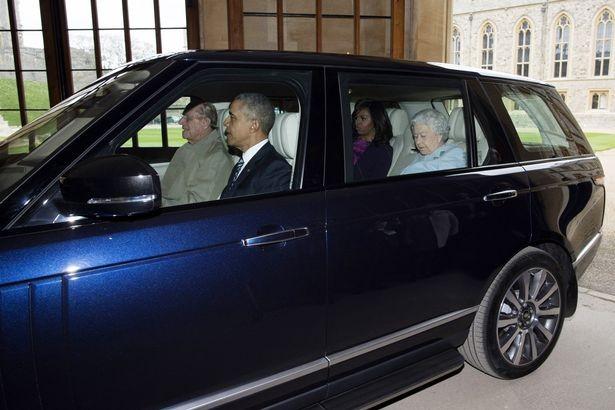 Hoàng tế Philip từng lái chiếc Range Rover Autobiography chở theo vợ chồng ông Obama