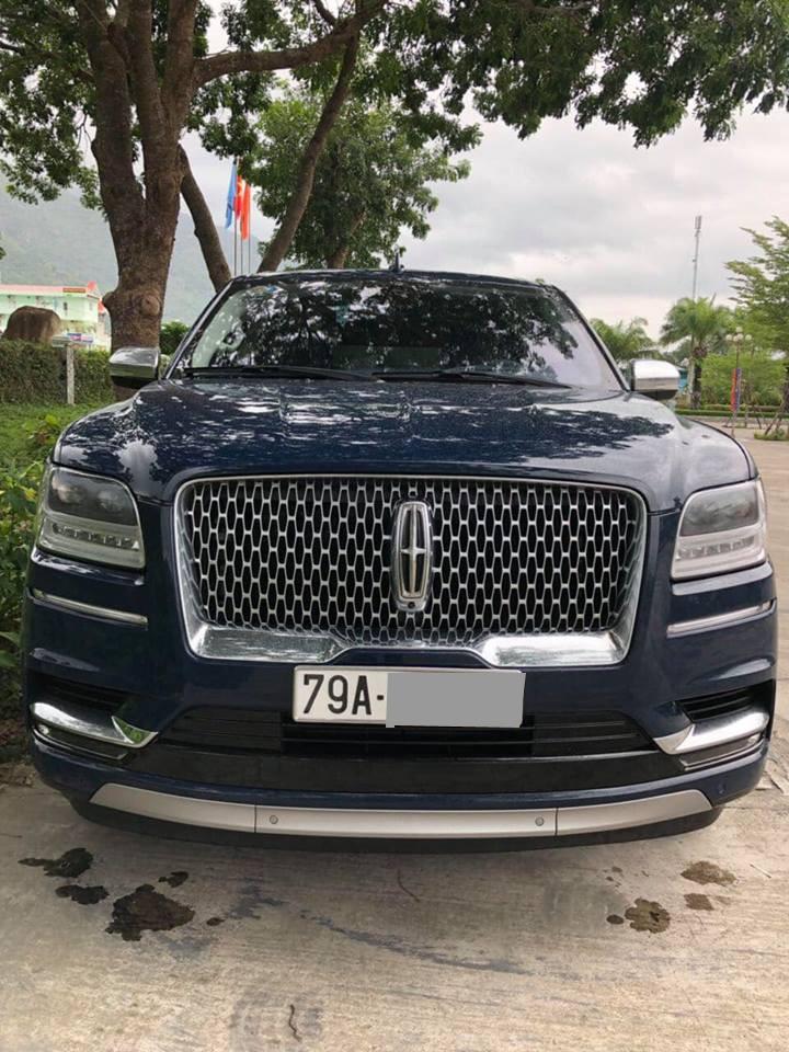 Đây là 1 trong 7 chiếc Lincoln Navigator Black Label L 2018 được đưa về nước
