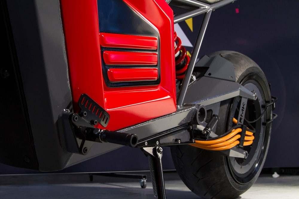Mô-tơ điện của xe được tích hợp vào vành sau