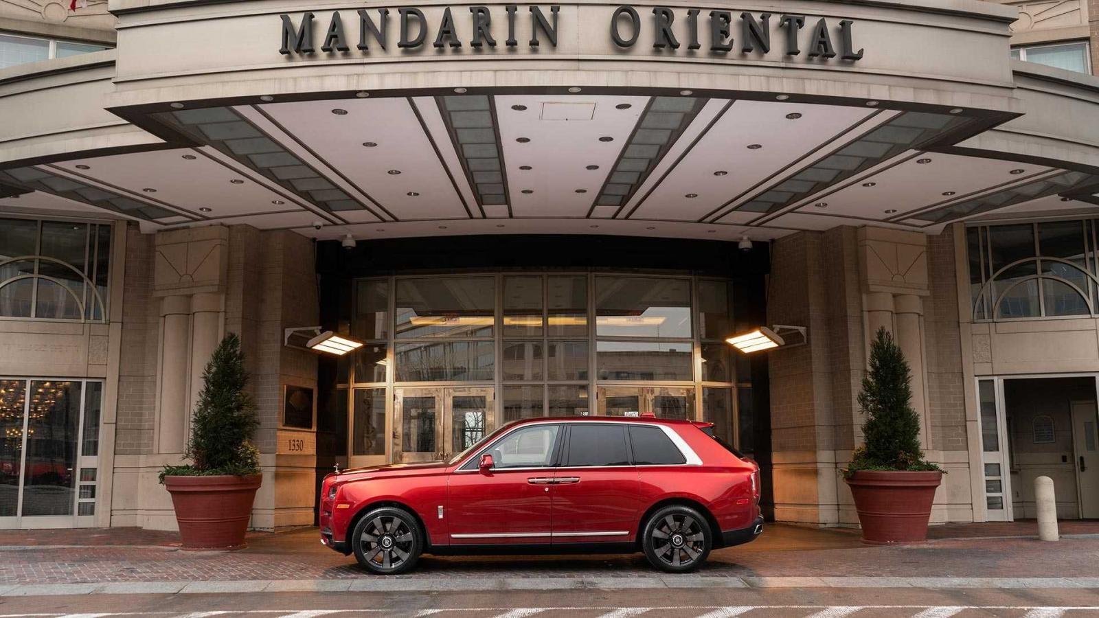 Rolls-Royce Cullinan phiên bản năm Kỷ Hợi của khách sạn Mandarin Oriental