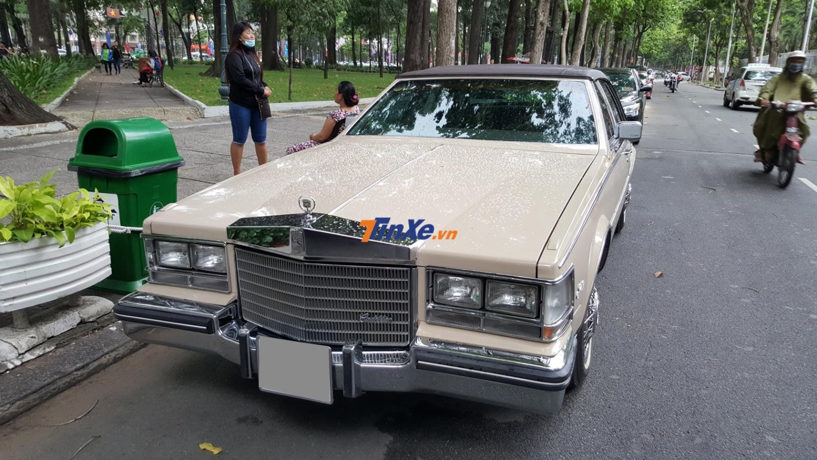 Hàng độc Cadillac Seville đời 1984 tại Sài thành