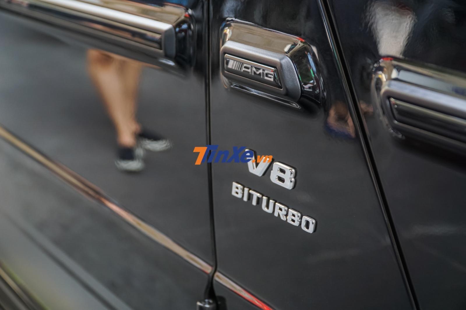 Mercedes-AMG G63 Edition 1 vẫn sử dụng khối động cơ xăng V8, tăng áp kép, dung tích 4.0 lít, sản sinh công suất tối đa 577 mã lực