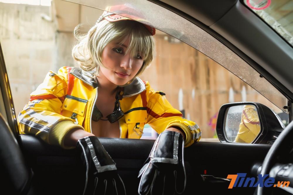 Thiếu nữ Việt cosplay cô nàng sửa xe gợi cảm Cindy Aurum trong ngày đầu năm - 9