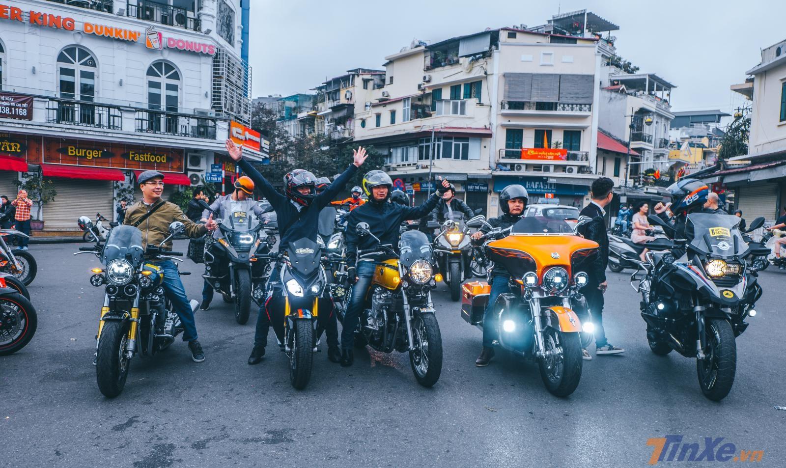 Sớm mồng 1 Tết Kỷ Hợi cùng team Leoncino và các biker Hà Nội - 3