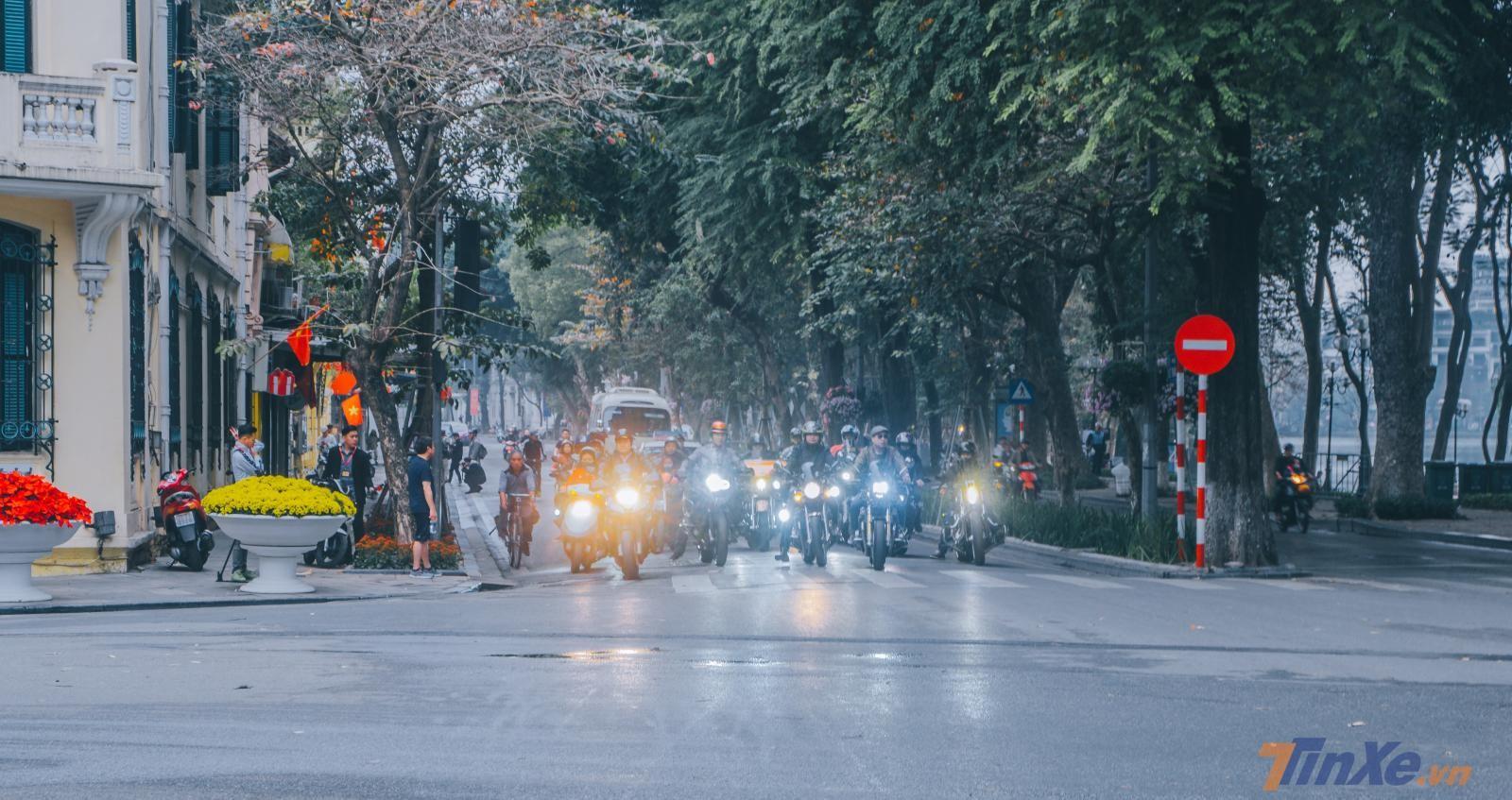 Sớm mồng 1 Tết Kỷ Hợi cùng team Leoncino và các biker Hà Nội - 4