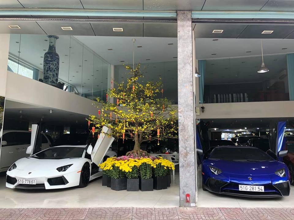 Lamborghini Aventador SV và bản tiêu chuẩn trong công ty nhập khẩu tư nhân quận 5