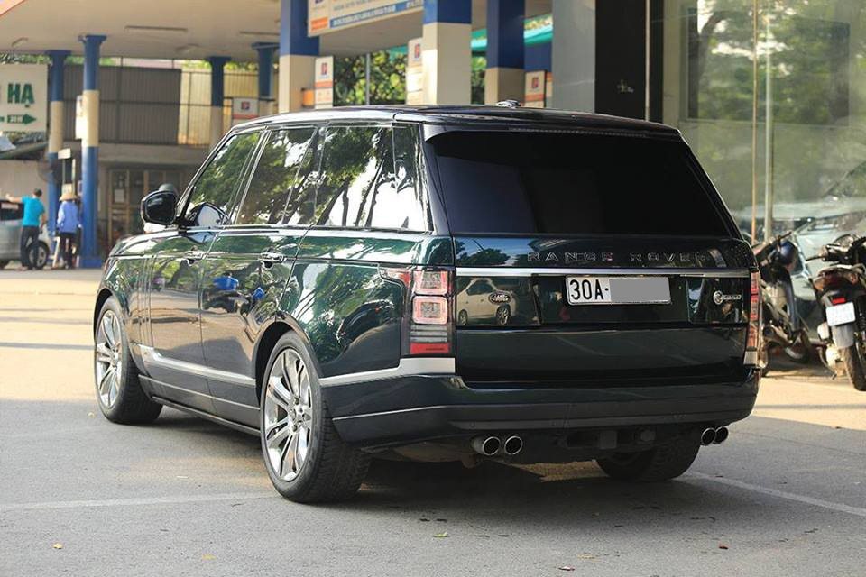 Không chỉ được độ body kit bản Range Rover SVAutobiography