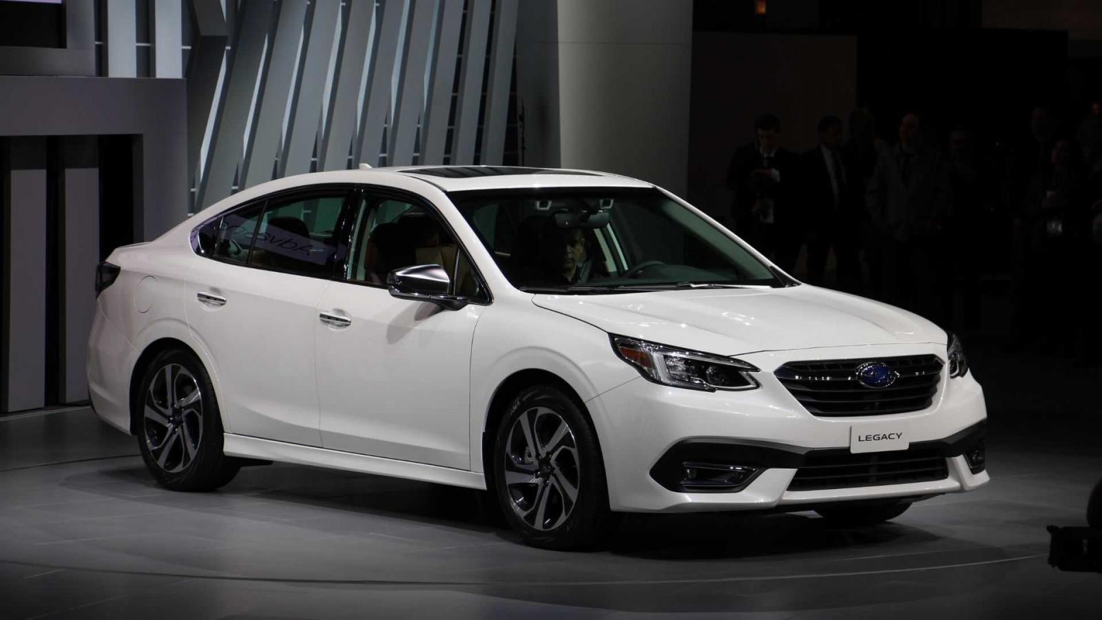 Cận cảnh thiết kế đầu xe của Subaru Legacy thế hệ mới
