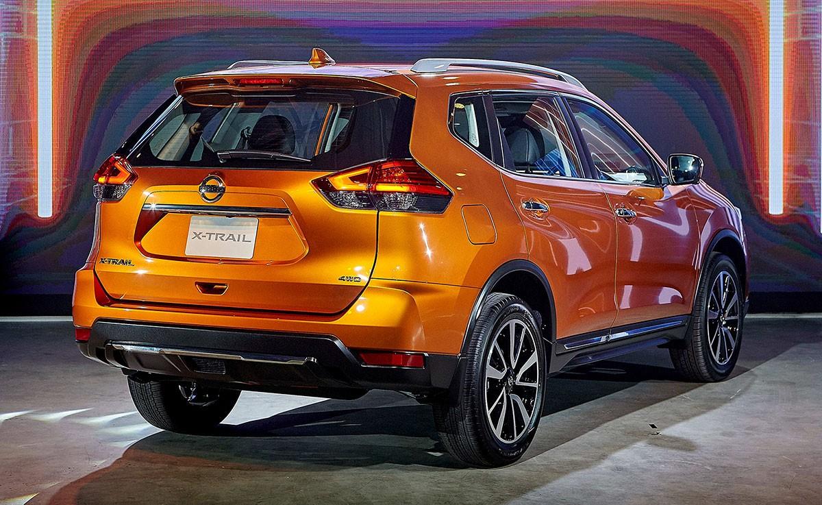 Nissan X-Trail 2019 được trang bị cụm đèn hậu với họa tiết bên trong hình boomerang