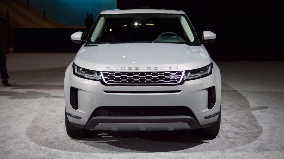 Range Rover Evoque 2020 sở hữu thiết kế theo phong cách của Range Rover Velar