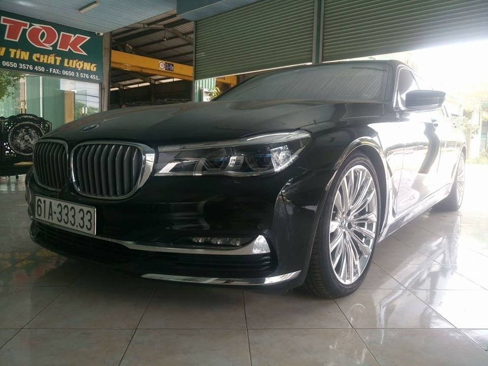 BMW 750Li thế hệ mới mang biển ngũ quý 3