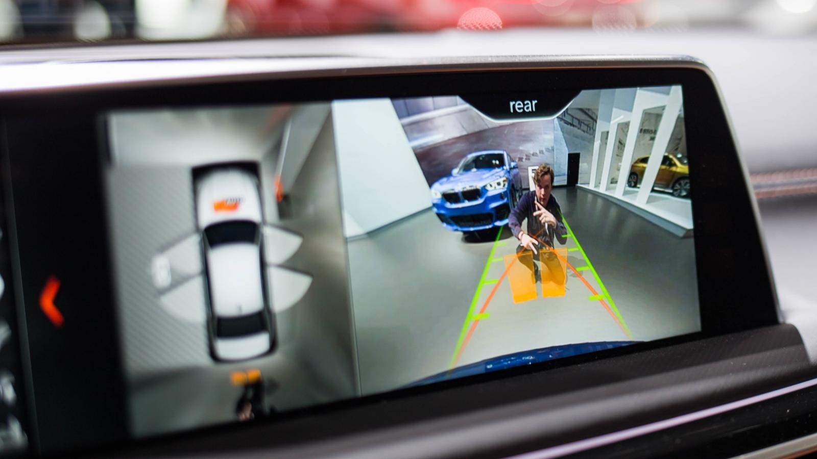 Quá trình sửa chữa sẽ có khả năng trở nên phức tạp hơn nữa khi xe có trang bị ngày một nhiều công nghệ hơn