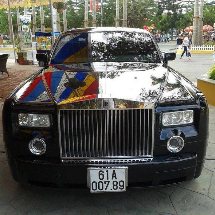 Rolls-Royce Phantom của Dũng Lò Vôi lúc còn mang bộ áo đen