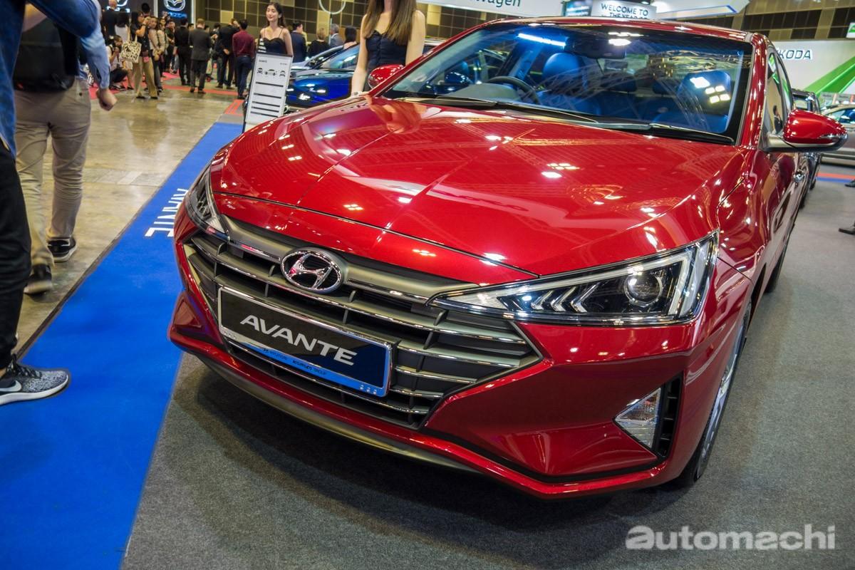 Hyundai Elantra 2019 cũng được trang bị lưới tản nhiệt Cascading Grille giống với Hyundai Kona và Hyundai Santa Fe 2019 tại Việt Nam
