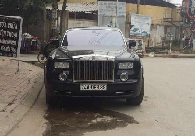 Rolls-Royce Phantom biển tứ quý 8 tại Lào Cai