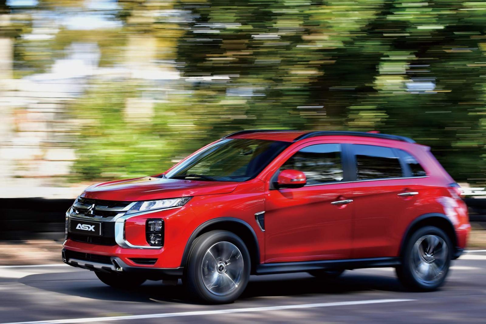 Mitsubishi Outlander Sport 2020 có cả ứng dụng báo lượng nhiên liệu còn trong bình