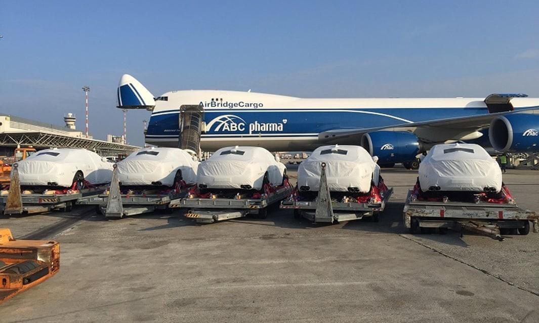 Những chiếc ô tô được chính phủ Papua New Guinea mua để phục vụ Hội nghị APEC vào năm ngoái