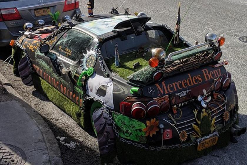 """20 chiếc xe độ xấu xí đến mức sẽ khiến bạn """"bị đá"""" trong ngày Lễ Tình Nhân - 17"""