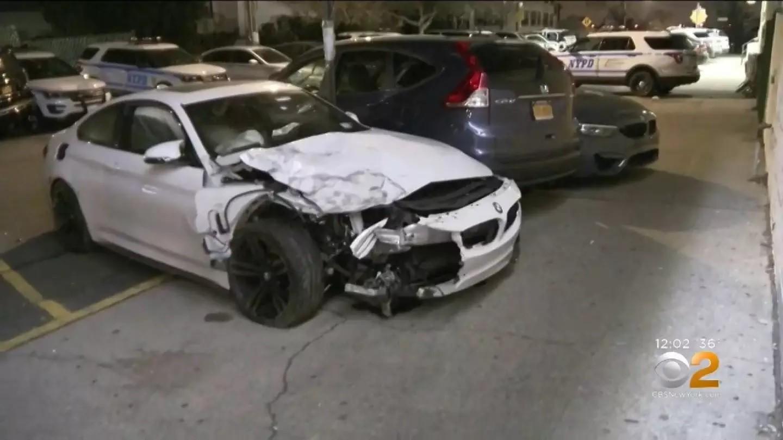 Chiếc BMW M4 bị vỡ nát đầu xe