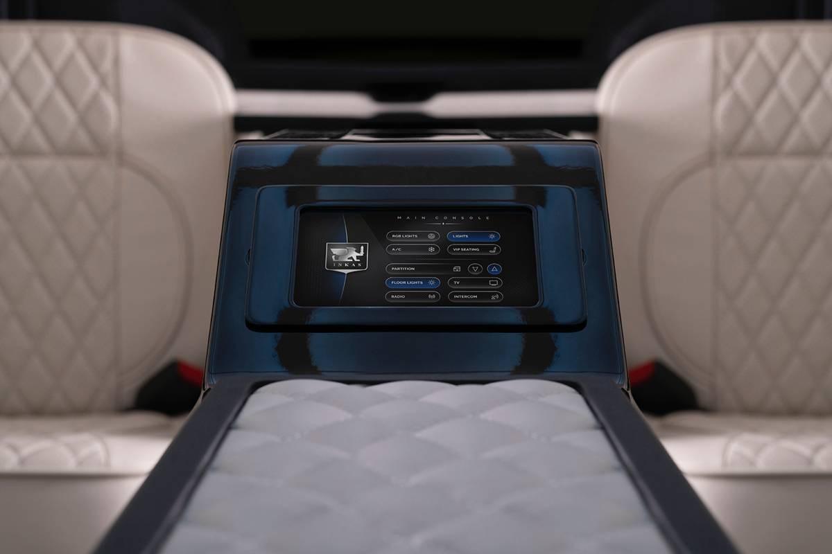 Cadillac Escalade Chairman Package 2019 có cả két sắt chứa súng