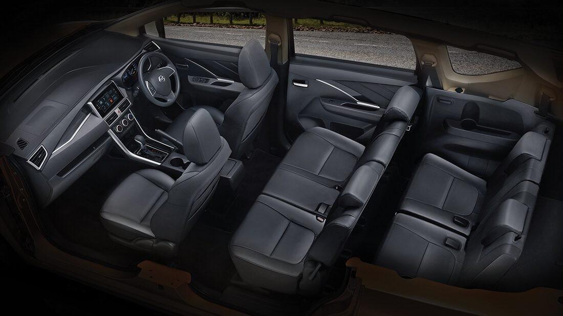 Nội thất 7 chỗ bên trong Nissan Livina 2019