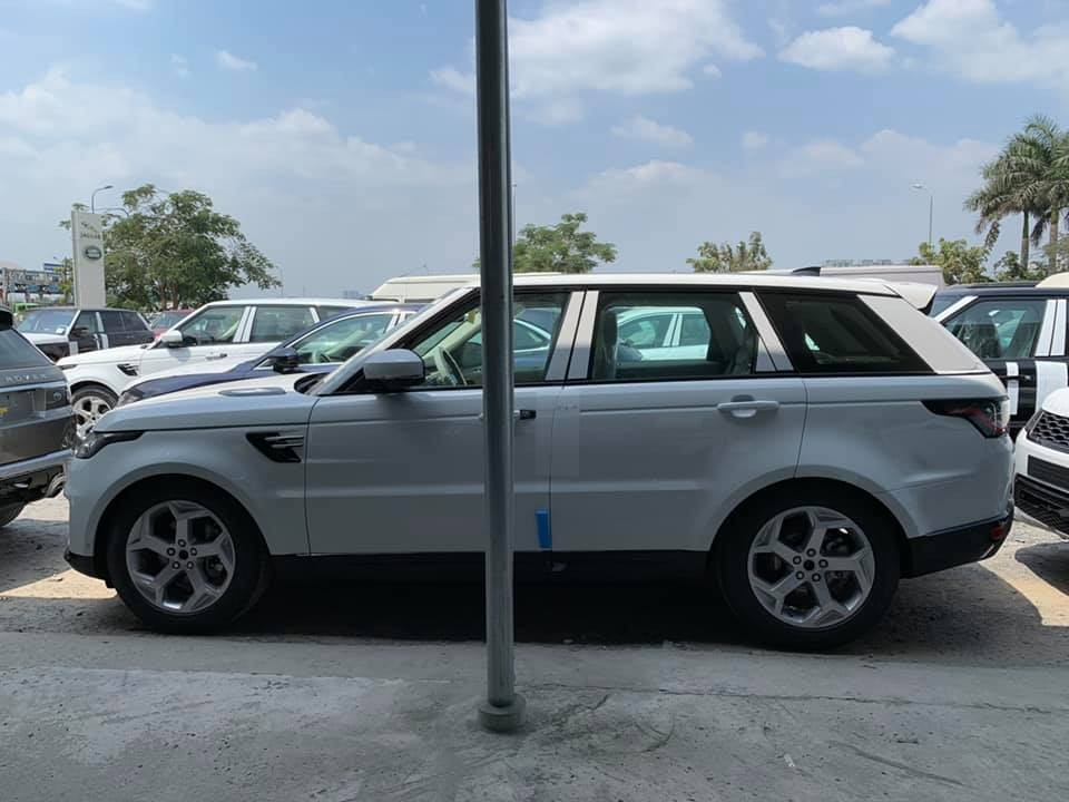 Range Rover Sport 2019 có nhiều động cơ cho khách hàng lựa chọn