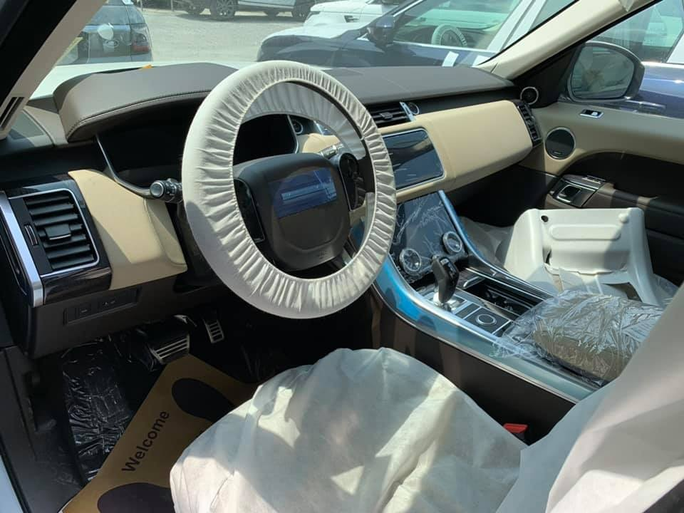 Nội thất bên trong Range Rover Sport 2019
