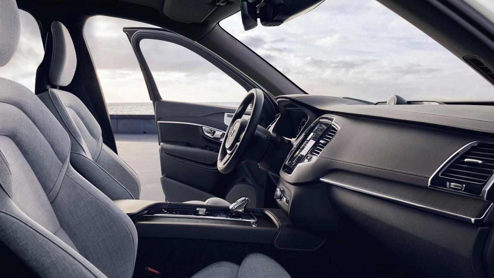Nội thất bên trong Volvo XC90 2020