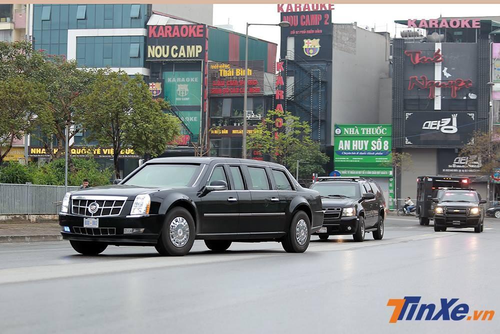 Đây là 2 chiếc Cadillac One bọc thép chống đạn cũ từng được dùng cho cựu Tổng thống Obama