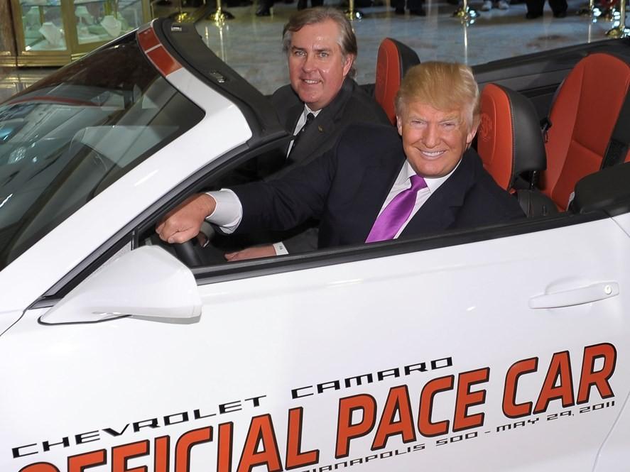 Ngoài 3 chiếc siêu xe trên, Tổng thống Mỹ Donald Trump còn rất thích các dòng xe thể thao mui trần