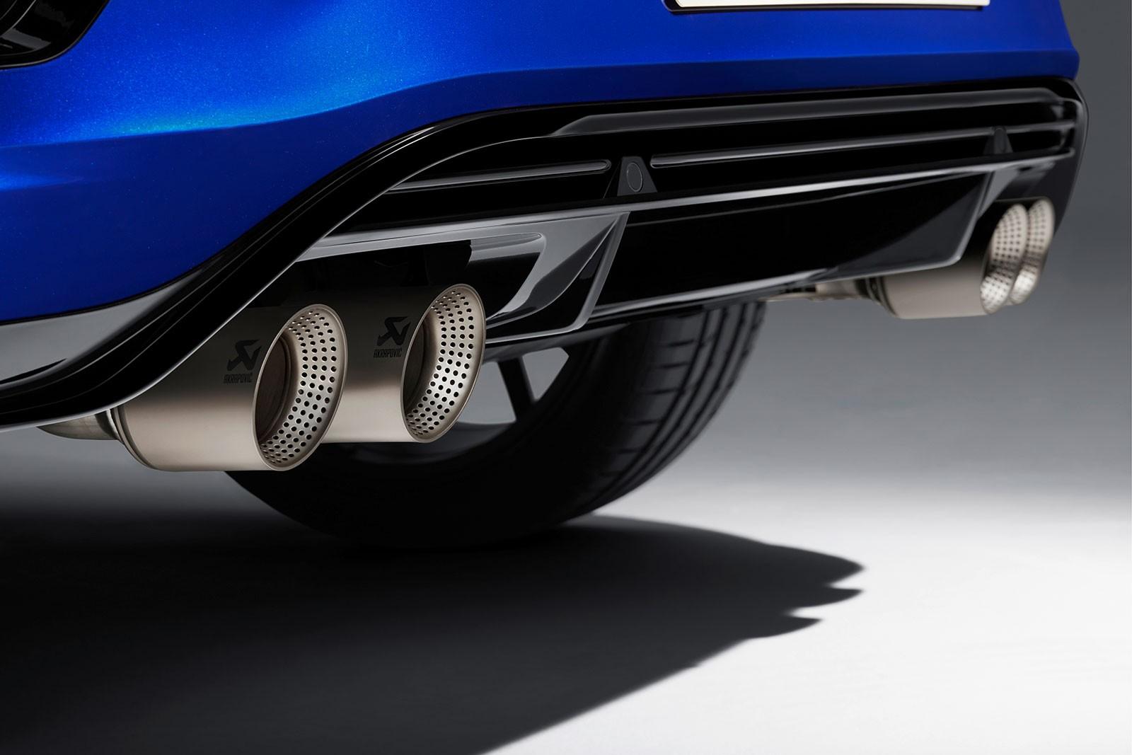 4 ống xả của Volkswagen T-Roc R 2020