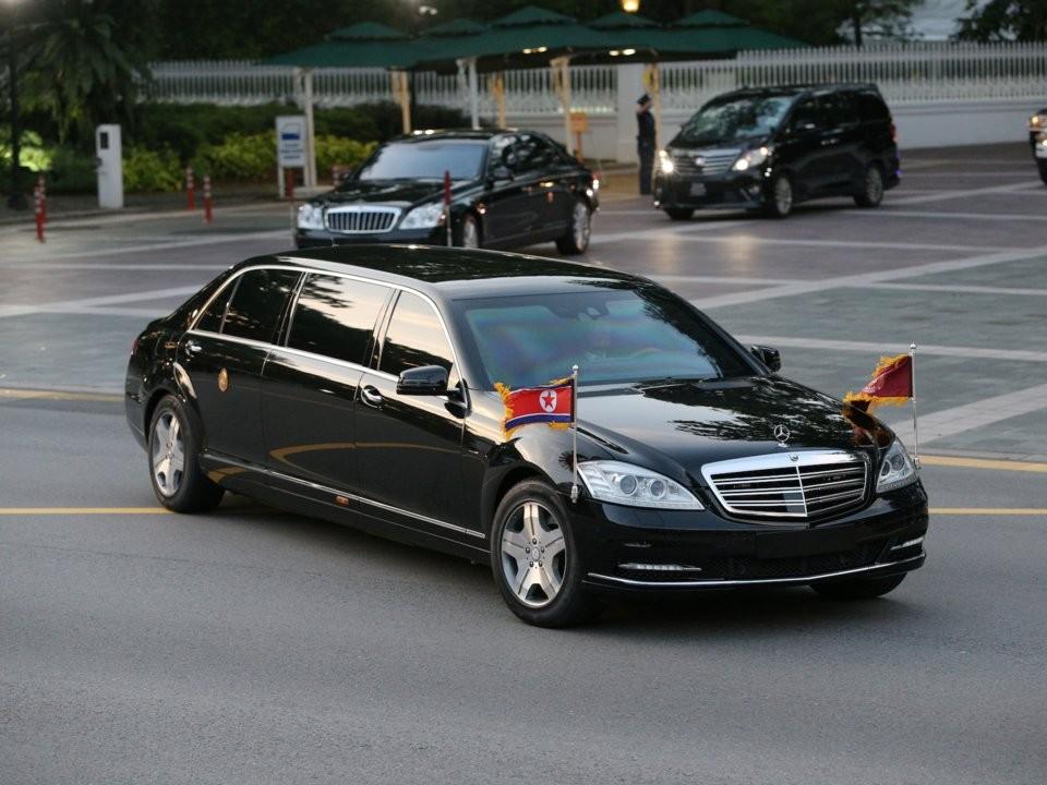 Mercedes-Benz S600 Pullman Guard và siêu phẩm Maybach 62S trong đoàn xe của ông Kim Jong-Un