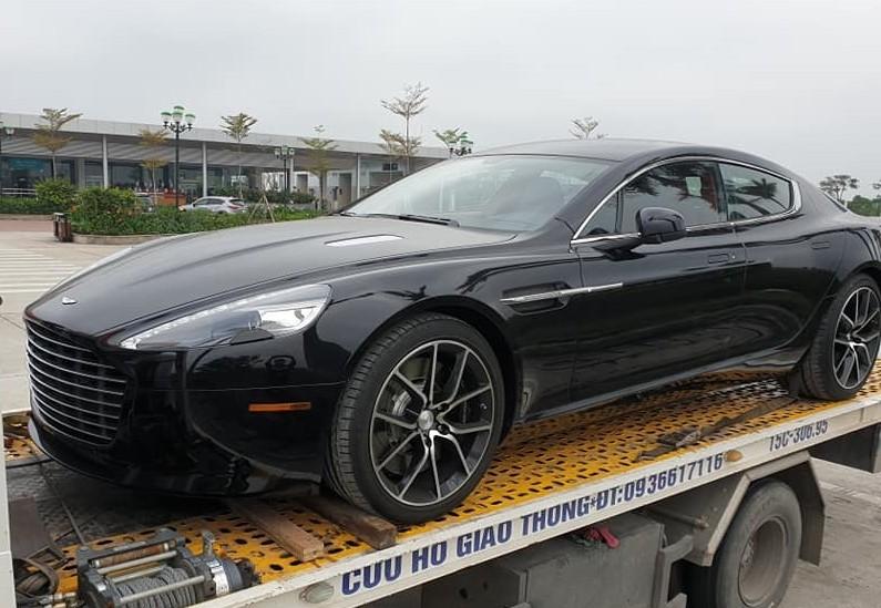 Aston Martin Rapide S lặng lẽ cập bến Việt Nam