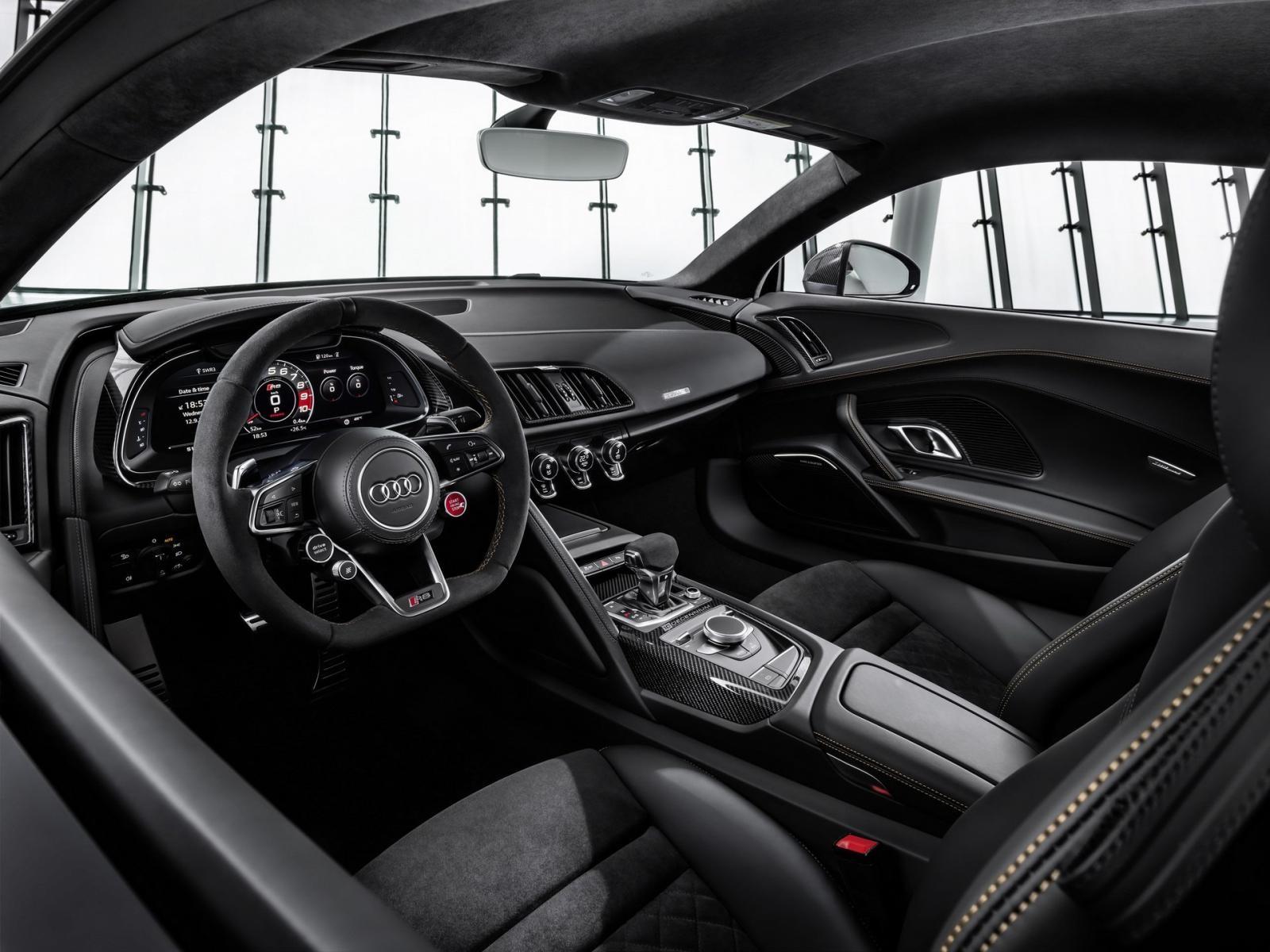Nội thất bên trong Audi R8 Decennium 2019
