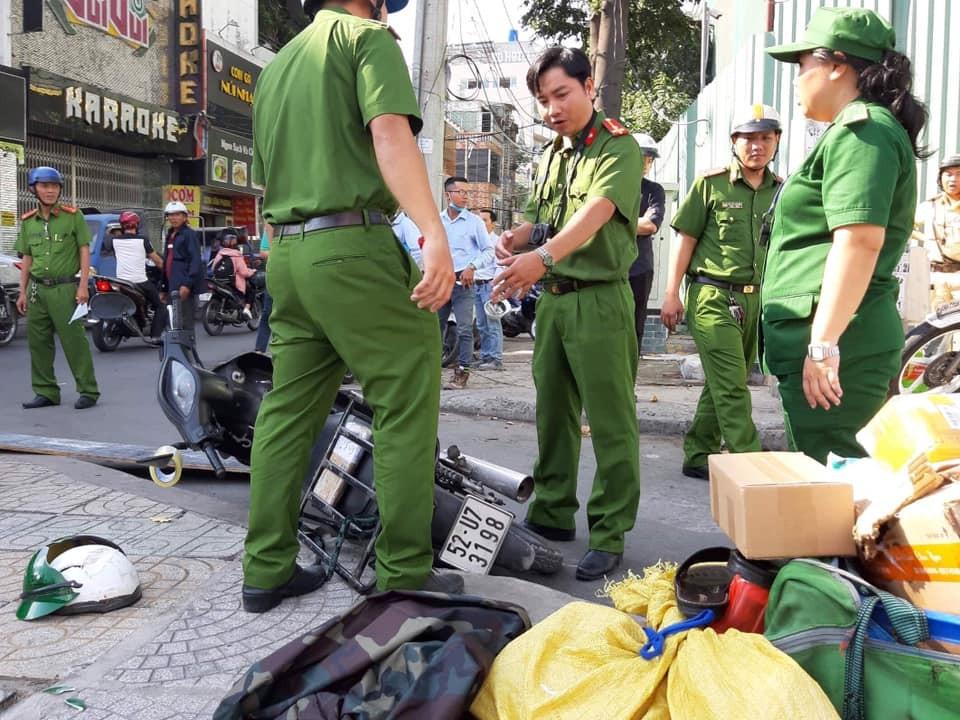 Nam thanh niên đi xe máy bị thương nặng sau vụ tai nạn
