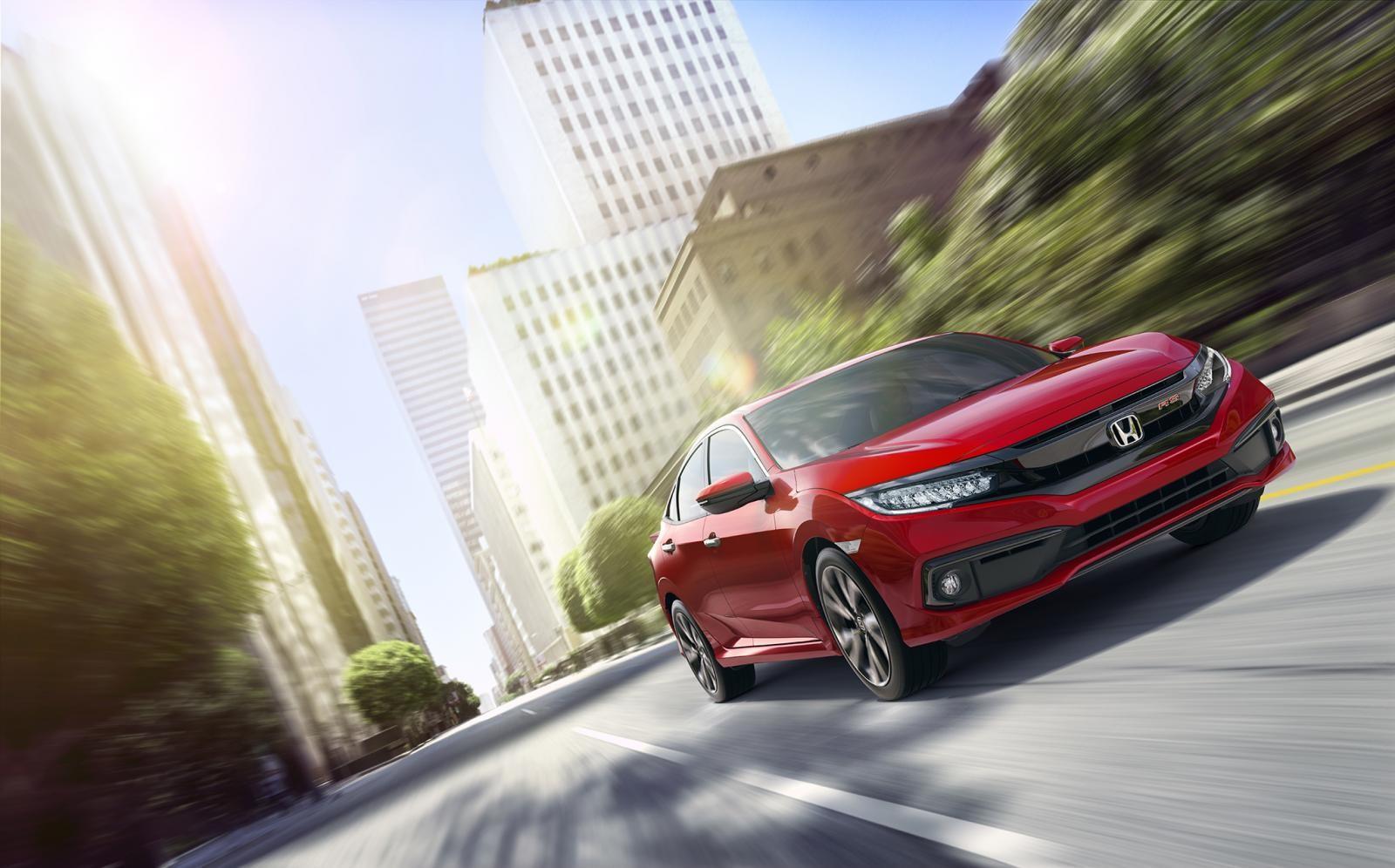 Honda Civic Turbo thêm phiên bản RS cá tính hơn, thể thao hơn.