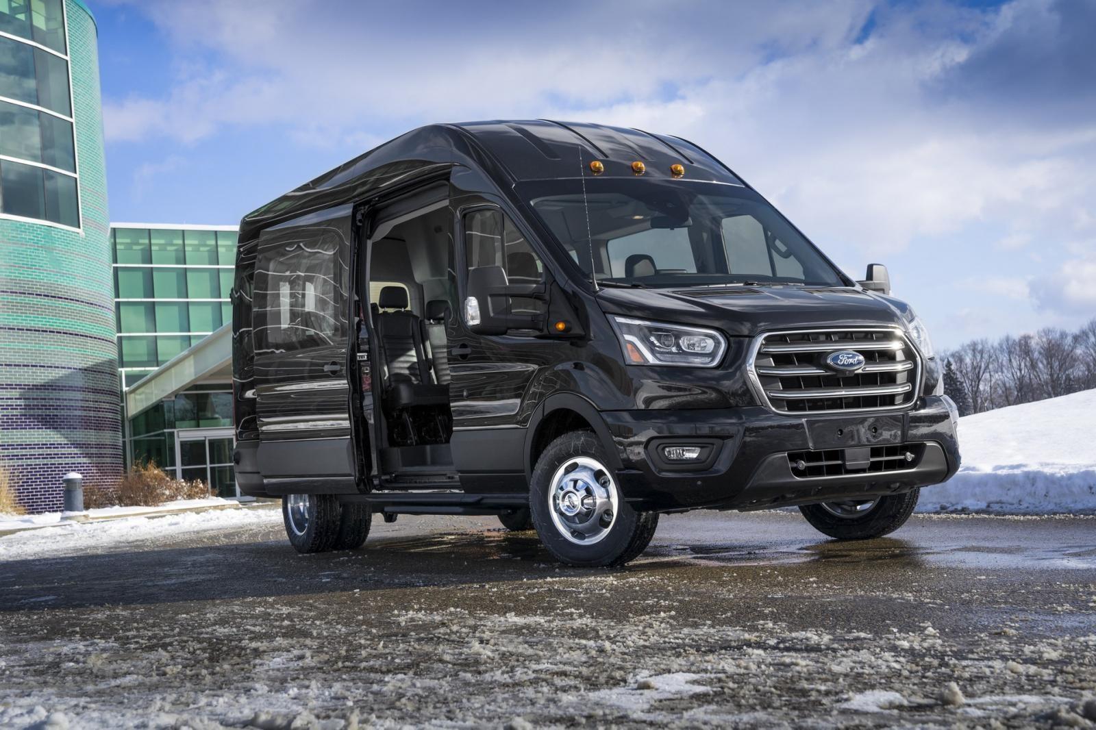 Ford Transit 2020 ra mắt tại thị trường Mỹ không thay đổi về mặt thiết kế nhưng được trang bị động cơ mới
