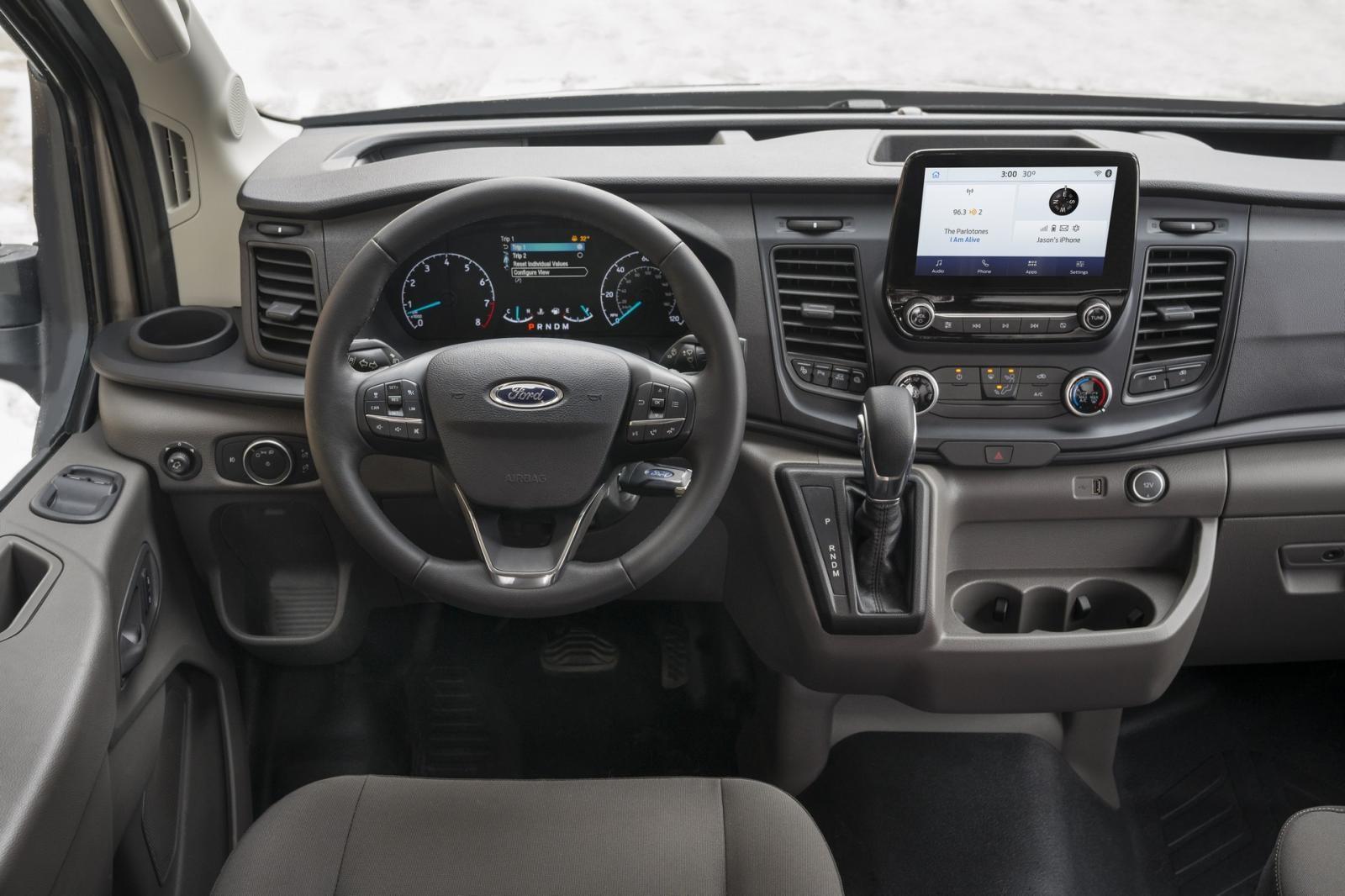 Nội thất của Ford Transit 2020