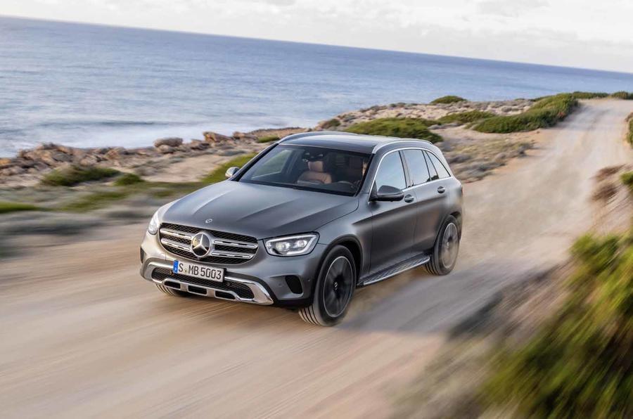 Với hệ dẫn động 4Matic mới được phát triển, Mercedes-Benz GLC 2019 sẽ có khả năng offroad ấn tượng hơn