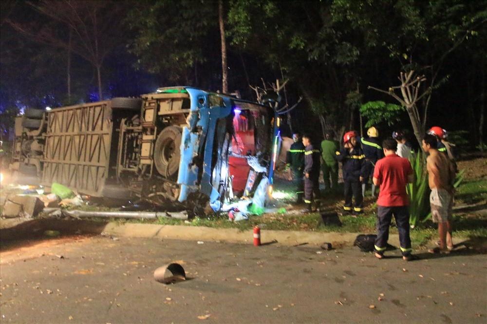 Hiện trường vụ tai nạn xe khách