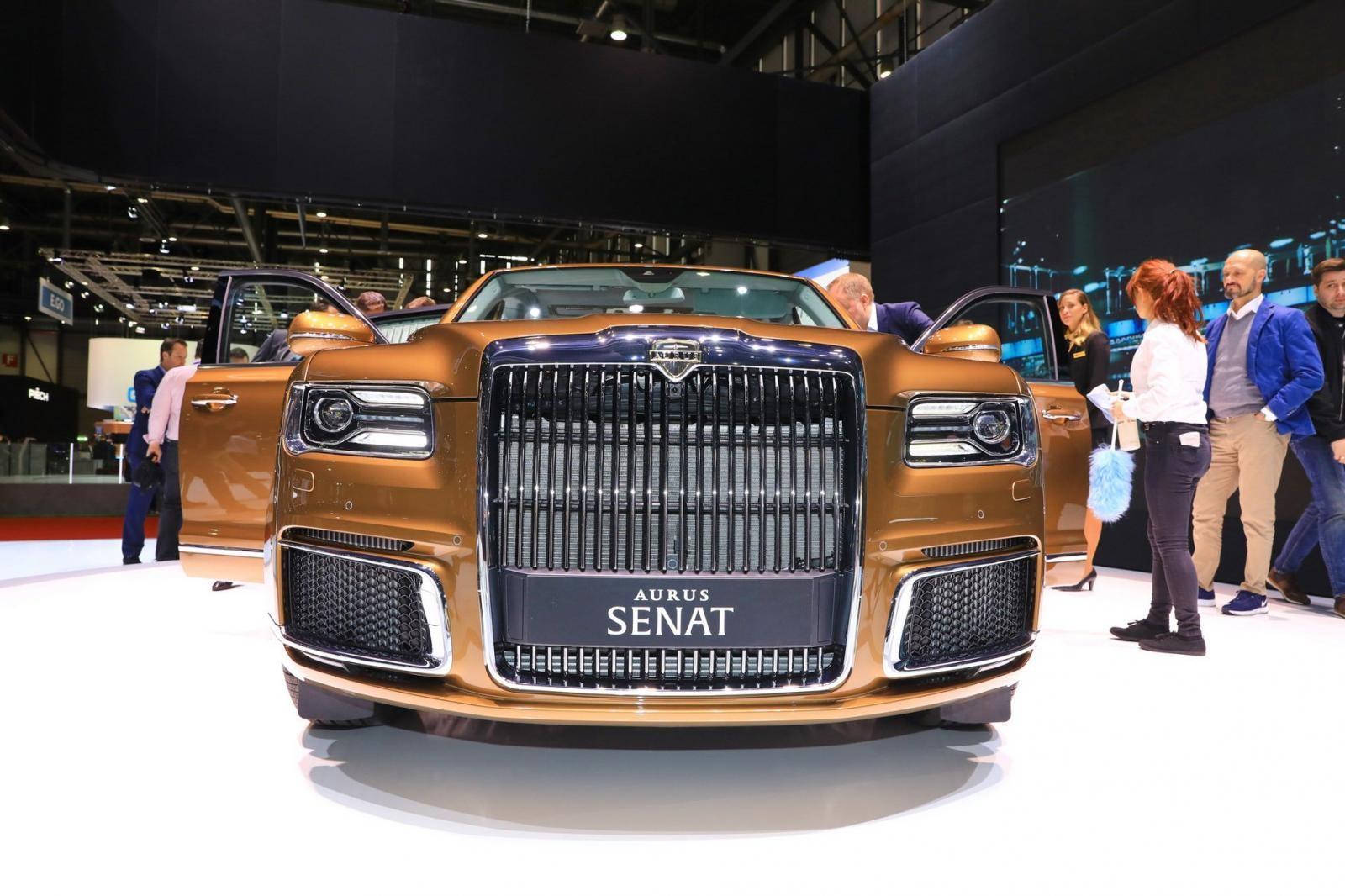 Lưới tản nhiệt của Aurus Senat khá giống Rolls-Royce