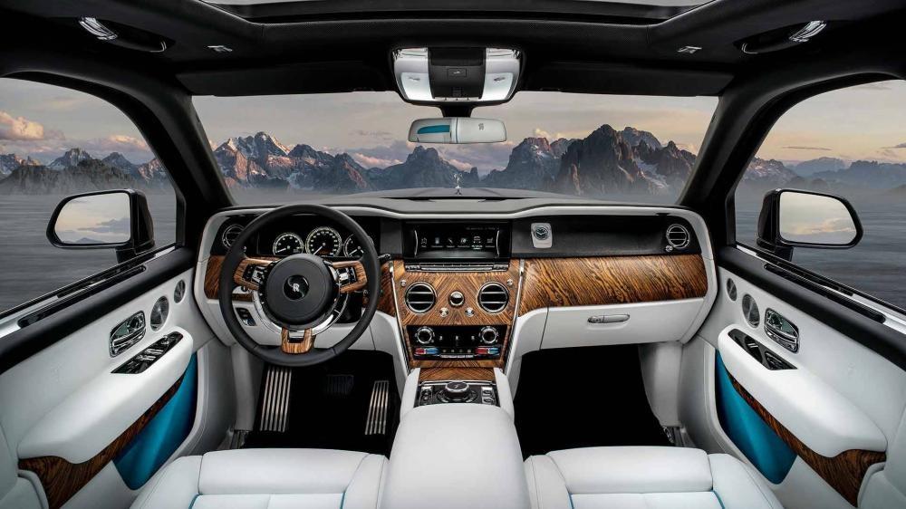 Nội thất xa hoa bên trong Rolls-Royce Cullinan 2019