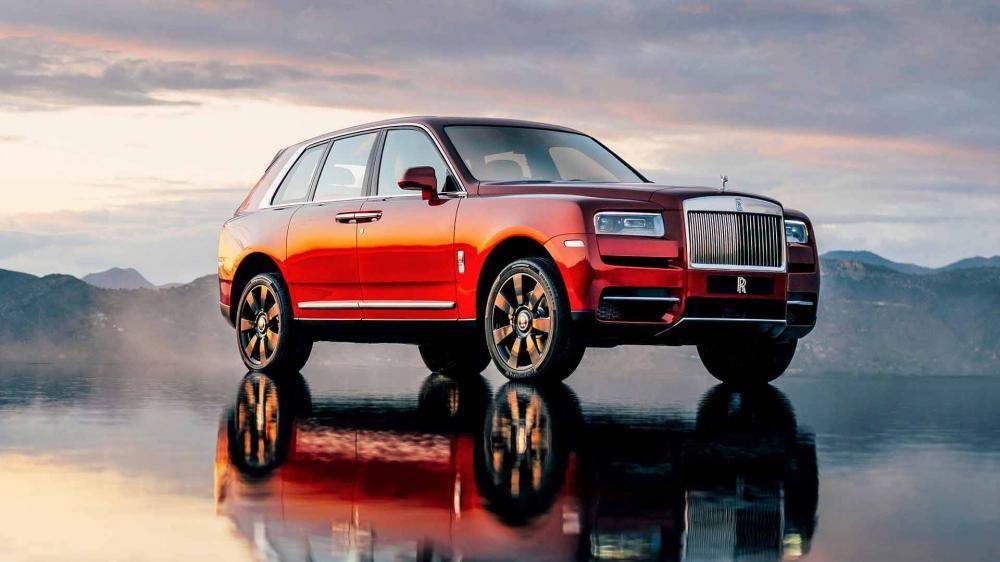 Cullinan 2019 có thiết kế ấn tượng nhưng vẫn giữ được một số nét đặc trưng của gia đình Rolls-Royce