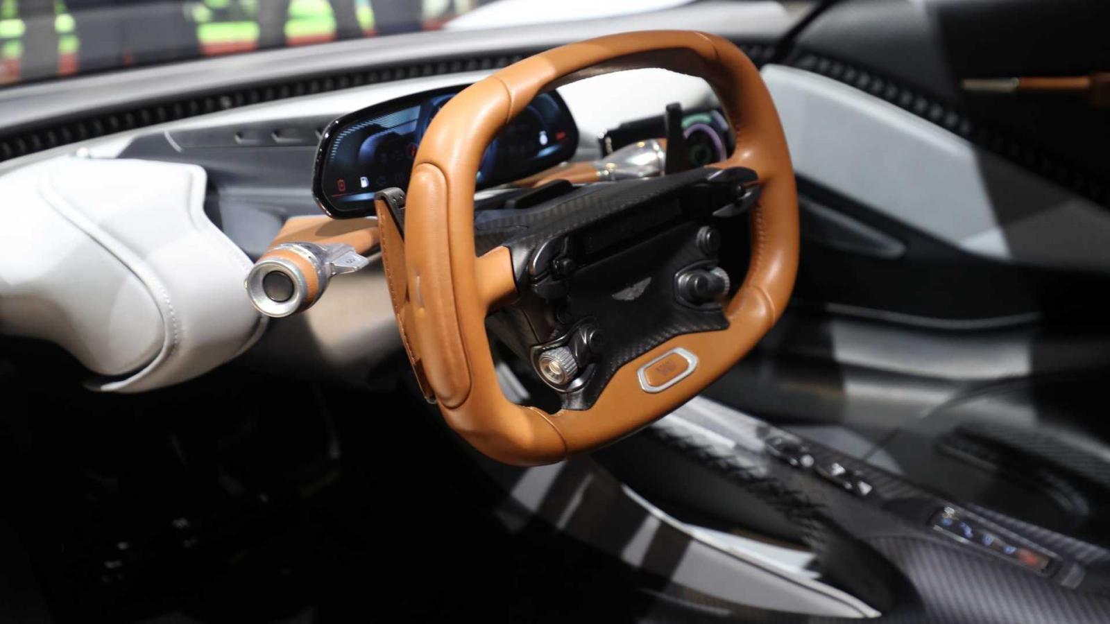 Phiên bản thương mại của Aston Martin AM-RB 003 sẽ được bán ra cuối năm 2021